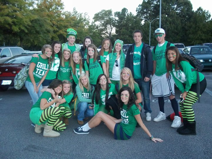 spirit week green out