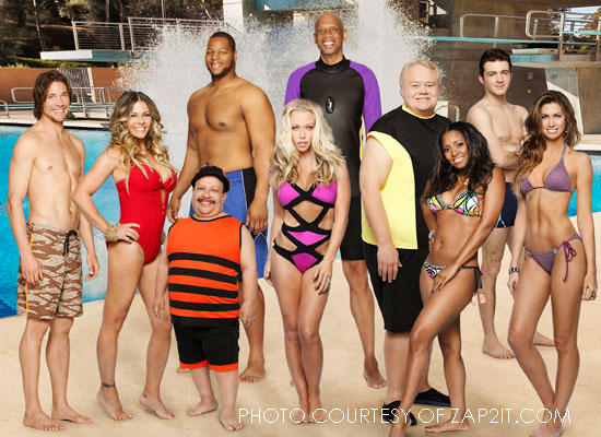 The original cast of Splash includes a variety of celebrities, ranging from NFL star Ndamukong Suh to Baywatch babe Nicole Eggert to NBA legend Kareem Abdul-Jabbar. Splash airs every Tuesday night on ABC at 8.