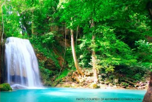 """Leesville students and teachers will be visiting many different sites including visiting the """"La Fortuna"""" waterfall. They will also be hiking, whitewater rafting, kayaking and more."""
