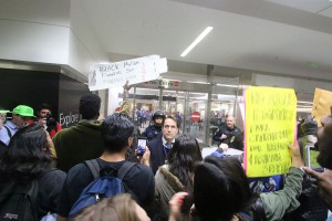 On January 27, President Trump signed an executive order banning travel from several Muslim-majority countries. Across the nation, citizens protested this measure by demonstrating at airports where refugees would have arrived. (Photo used with permission from Quinn Norton)