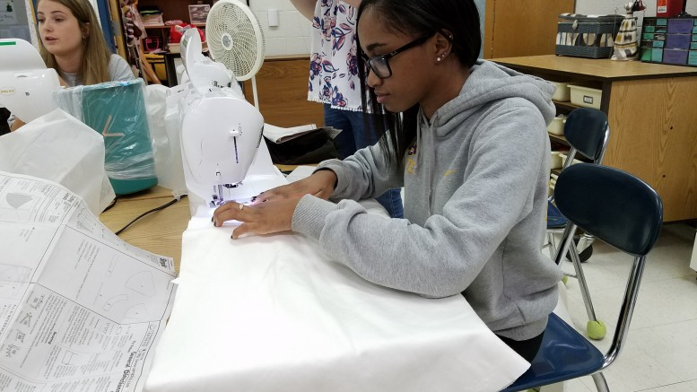 Kamryn Owens is sewing in her fashion-based CTE class. Leesville offers so many different options for CTE classes, almost anyone can find something they enjoy. Photo courtesy of Sarah Stoflet.