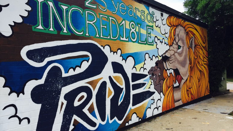 The senior wall features a design meant to capture a lion's regality. The wall took over 44 hours to complete, but the hard work proved to pay off. (Photo Courtesy of Jonathan Spear)