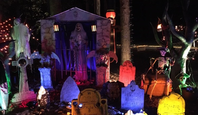 A frightening yet satisfying to look at display of Halloween decorations of a front yard in Wood Valley. Halloween will continue to get spookier during the month of October. (Photo courtesy by permission of Gabby Thonglert)