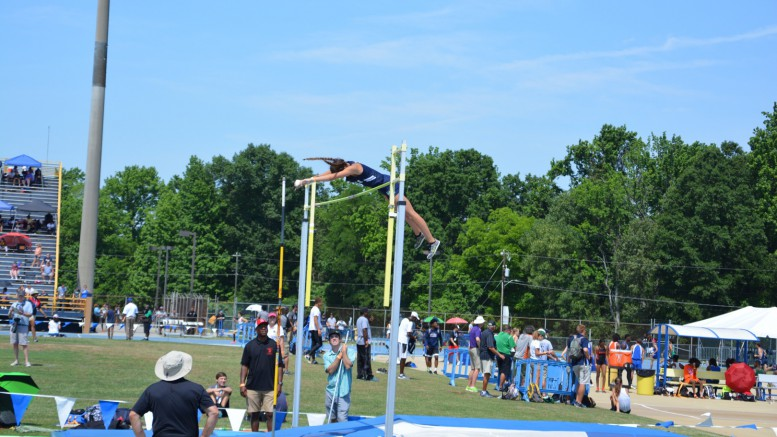 Elise Hall clearing 10' at Outdoor New Balance Nationals in Greensboro, North Carolina. This was Hall's first time participating at this event.  (Photo used with permission of Elise Hall)